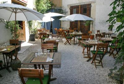 La Source restaurant Cadenet