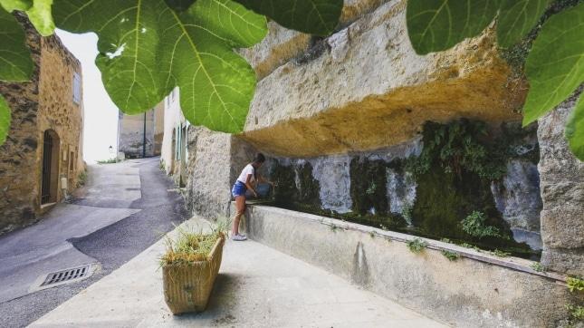 Fontaine de Cabrieres-dAigues