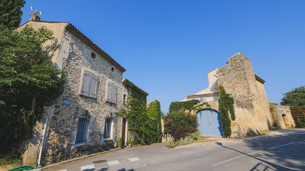 L'ancienne Magnanerie du village de la Bastidonne