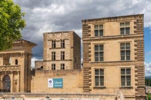Office de Tourisme Luberon Sud Tourisme La Tour d'Aigues
