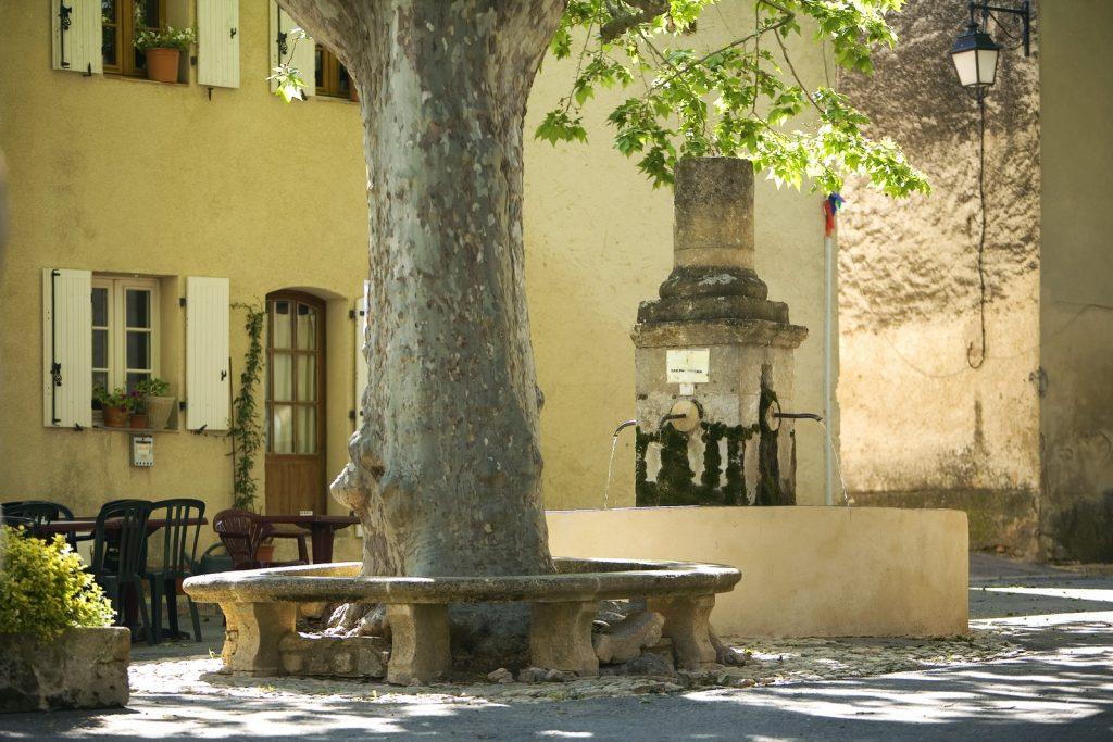 fontaine Peypin d'Aigues