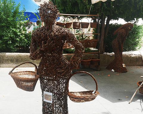 sculpture-village-cadenet-vannerie