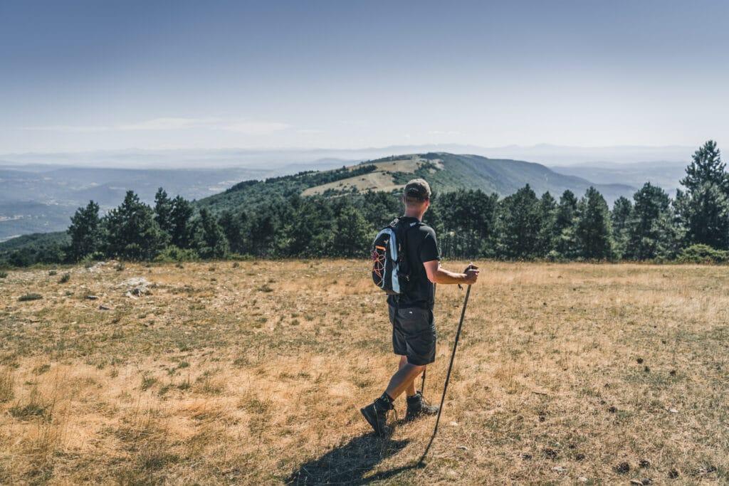randonnées pedestre dans le parc naturel regional du Luberon