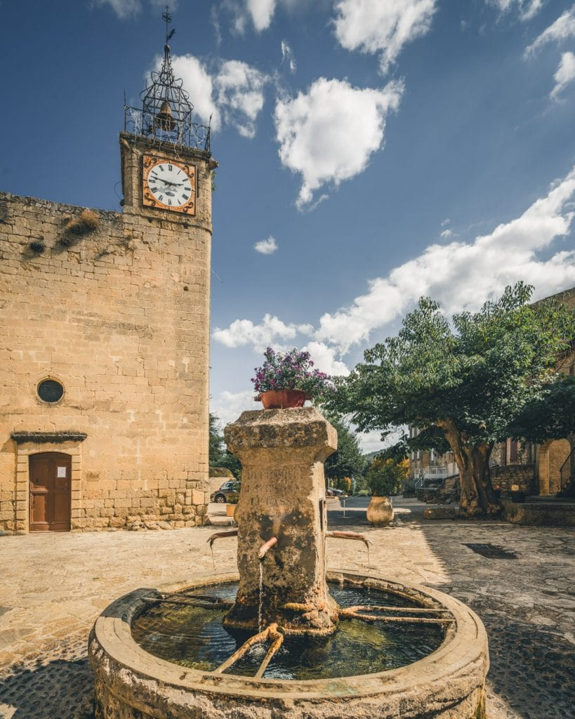 Village de grambois Luberon Sud Tourisme