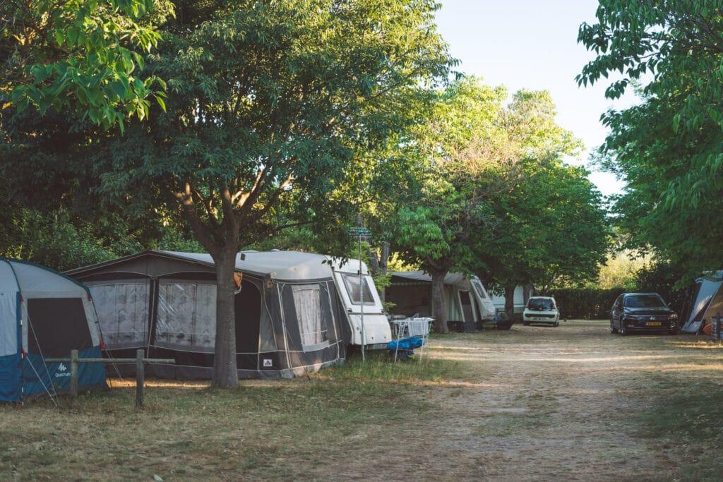 materiel camping luberon